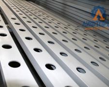 Изготовление грузовых подъемников лифтов на производстве ТОО ЛИФТПРОМ